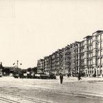 c. 1935 Calderón de la Barca desde el este. A la izquierda, Estación de la Costa