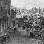 1941 Restos de la Plaza de las Escuelas desde la Calle de La Compañía. Al fondo, la plaza se prolongaba hasta San José gracias a la calle Carbajal, abierta en 1870
