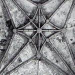 """Años 40. Bóveda de la antigua cabecera barroca de la Catedral, desmontada durante la """"reconstrucción"""" para crear la actual cabecera neoherreriana con girola"""