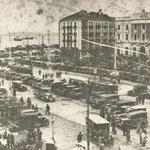 1928 Avenida de Alfonso XIII desde el comienzo del Paseo Pereda. A la derecha, Hotel Europa y Banco de España