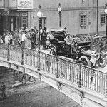 1909 El puente desde la entrada a la Plaza Vieja