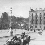 1941 Avenida de Alfonso XIII desde el sur tras el incendio. Al fondo, ruinas de La Ribera y la Aduana