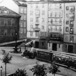 ¿Año? Plaza del Príncipe desde su esquina noreste. Al fondo a la izquierda, comienzo de la Calle La Blanca; y a la derecha, subida hacia la Calle del Arcillero. Tras la subida hacia La Blanca, edificio de la Aduana