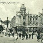 ¿Año? Plaza de Pi y Margall desde el sur. Al frente, a la derecha, el Ayuntamiento