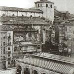 1907 Calle Somorrostro, entre la Catedral y el Mercado de La Ribera (desaparecido en un incendio en 1917)