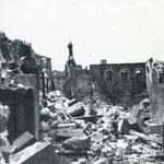 1941 Restos de Ruamenor desde el este. En el centro de la imagen, ruinas del colegio de las Hijas de la Caridad