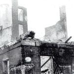 1941 Esquina de Socubiles con Puerta de la Sierra tras el incendio