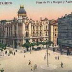 ¿Año? Plaza de Pi y Margall desde el sur. En el centro, el Ayuntamiento; a su derecha, iglesia de San Francisco