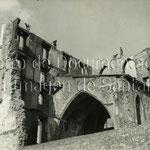 1946 Desmonte de los restos del Palacio Episcopal (al otro lado de la fachada estaba Ruamayor). Aún es visible la Capilla de Santiago, que también sería derribada