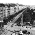 1920 Jardines y Paseo de Pereda desde Correos. En primer plano, Avenida de Alfonso XIII, con el edificio de la Aduana a la izquierda