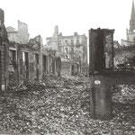 1941 Intersección de las calles Santa Clara (en primer plano) y San José desde el Instituto. Al fondo, iglesia de los Jesuitas (no se quemó)