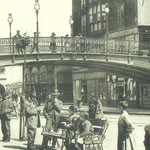 1910 La Ribera desde el lado oeste del puente. Al fondo, Mercado de La Ribera