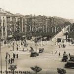 1930 Paseo Pereda desde Correos. A la izquierda, edificio de la Aduana ya con el nuevo tercer piso