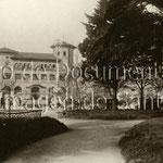 1927 Correos desde los Jardines de Pereda. A su izquierda, comienzo de Somorrostro