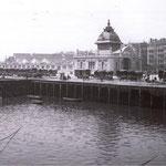 1908 Estación de la Costa y Calle Calderón de la Barca (derecha) desde la Bahía