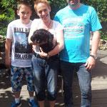 Familie Lüpkes mit Atisha, der jetzt Yoshi heißt