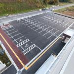 屋上より 駐車場