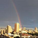 この虹は凄かったです。連続画像でお楽しみください。^^
