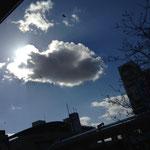 光と雲って、本当にいいですよねぇ…。