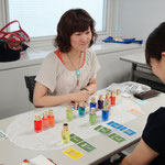 TCカラーセラピスト・トレーナー同士の交流会や勉強会にも定期的に参加して常に新しい知識を取り入れます。