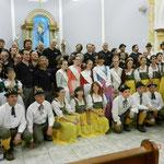 foto in chiesa dopo il concerto con il coro di S.Olimpia