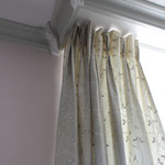 Création de rideaux sur-mesure, de stores, tissus d'ameublement, Stéphanie Lauchas tapissier décorateur en Gironde