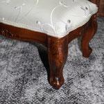 Réfection de footstool, Stéphanie Lauchas, tapissier décorateur en Gironde