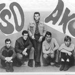 THE SOAKS ca. 1966 vlnr: Peter Assmann - Ben Swinkels - Marcel Farla - Ton de Klerk - Rob Boddaert (fotocollectie: Cees van Merriënboer)