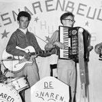 De Snarenbeulen en hun Boys. vlnr: Sjaak Speek, Jan van Rijsbergen, Wim Laseroms en Piet van Merriënboer (collectie W. Laseroms).