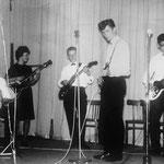 THE NEW TELLSTARS (1963) vlnr: Jan van Tilburg, Elly de Pijper, Henk van Overveld, Cees Dierks en Willy Hilberink