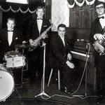 The Rose Valley Quartet (foto 1967 nachtclub Bristol Bar in de Roosendaalse Brugstraat) vlnr: Henk Voorheijen (drums) - Dries Patijn (sax) - Jack de Nijs (piano) - Wilton Jongmans (bas)