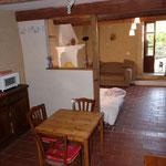 le coin cuisine donnant sur la pièce principale.
