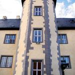 achteckiger Treppenturm im Innenhof
