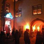 Im Schlosshof wurde mit der Beleuchtung gezielt Akzente gesetzt