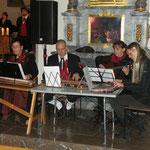 Die Zithergruppe v.l.n.r.: Maria Becker, Tilmann Ruß, an der Gitarre Carolin Lutz und Cathrin Ruß