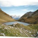 Le lac de Lhurs  1691 m sur l'itinéraire de la Table des 3 Rois et du Deck de lhurs