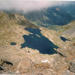 Le lac de la Montagnette 2332 m vu du pic de Sauvegarde2738m (port de Vénasque )