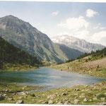 le lac du Suyen 1536 m en montant à la Peyre st Martin depuis Arrens-Marsous