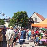 7. Juli 2013 - Gedränge auf dem Markt - da muss was los sein