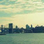 Blick von Manhatten auf die Brooklyn Bridge