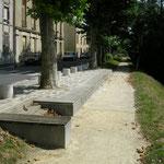 in-folio / Bord de Marne à Châlons en Ch. / placette urbaine et chemin