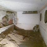 Blick in den Bunker (noch mit Sand) mit den neuen Versteckmöglichkeiten