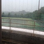 いきなりの雷雨