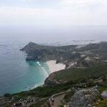Blick vom Leuchtturm auf den Diaz Beach und das Kap der Guten Hoffnung