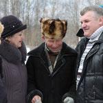 А. Никонов в окружении земляков и белорусов