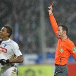 Marco verweist Luiz Gustavo des Feldes