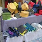 Wollwalk-kappen und Stirnbänder -Wollwalk aus Kirchschlag in  NÖ,  100% Wollwalk