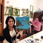 Negin  aus Waidhofen /Thaya- aus dem Iran stammend, kommt öfters zur Näh-und Malwerkstatt um zu malen.