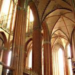 ... und wunderschöne Kirchen.