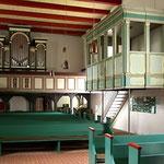 Kircheninneres im Ort Grube vor Lübeck aus dem 16. Jh.
